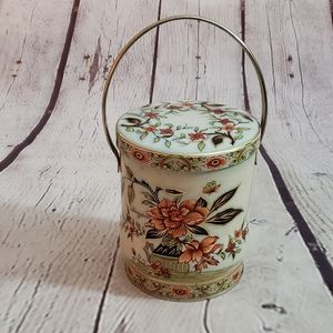 Daher Biscuit Tin with Handle England